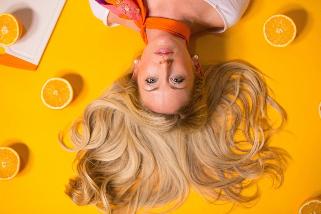 Chrońmy włosy latem