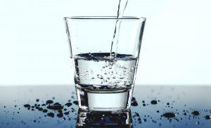 Kiedy woda z kranu jest zdatna do spożycia?